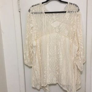 Beautiful, cream lace top from Maurice's, size 4